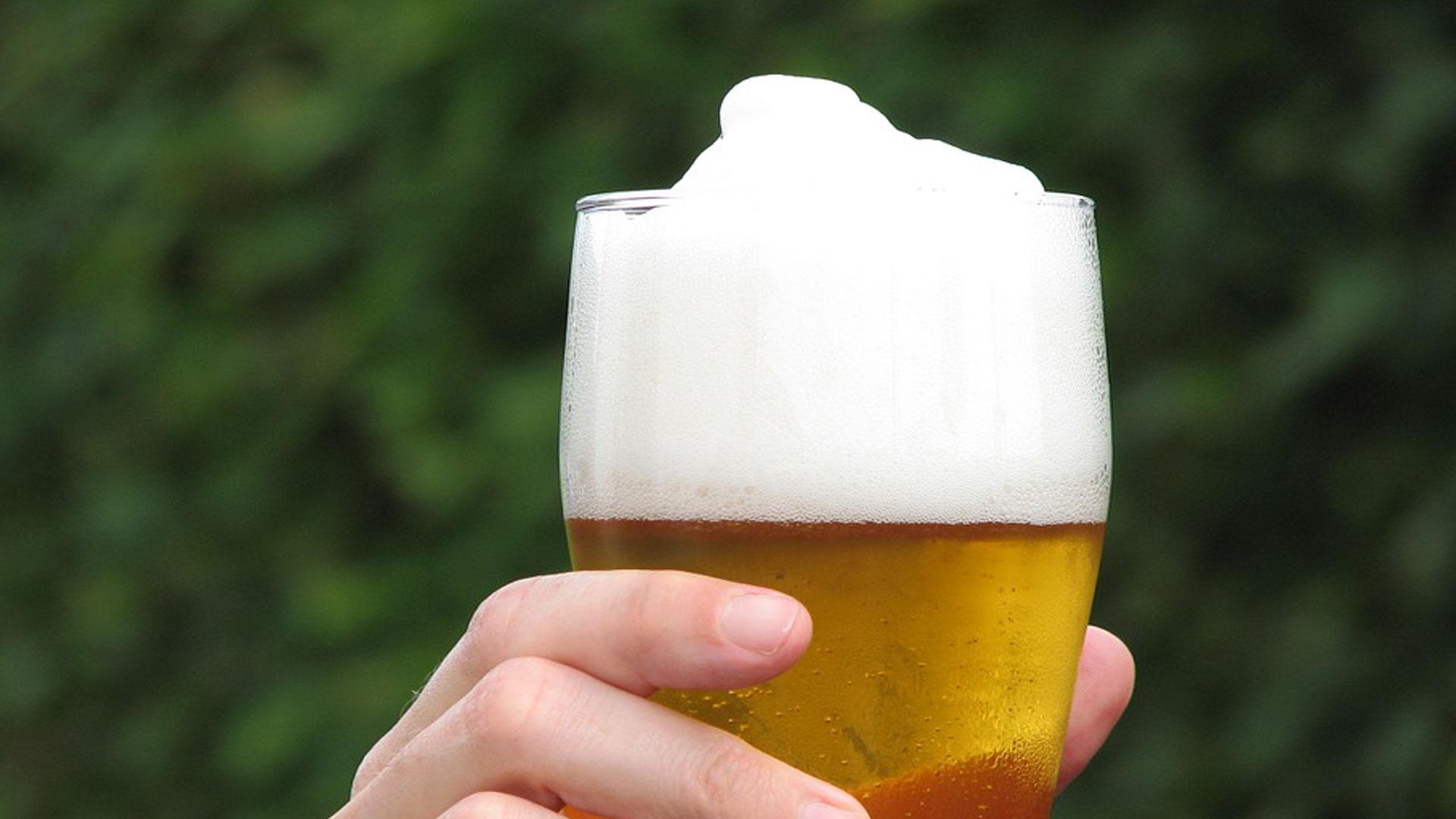 sabes-esto-sobre-la-espuma-de-la-cerveza-1920