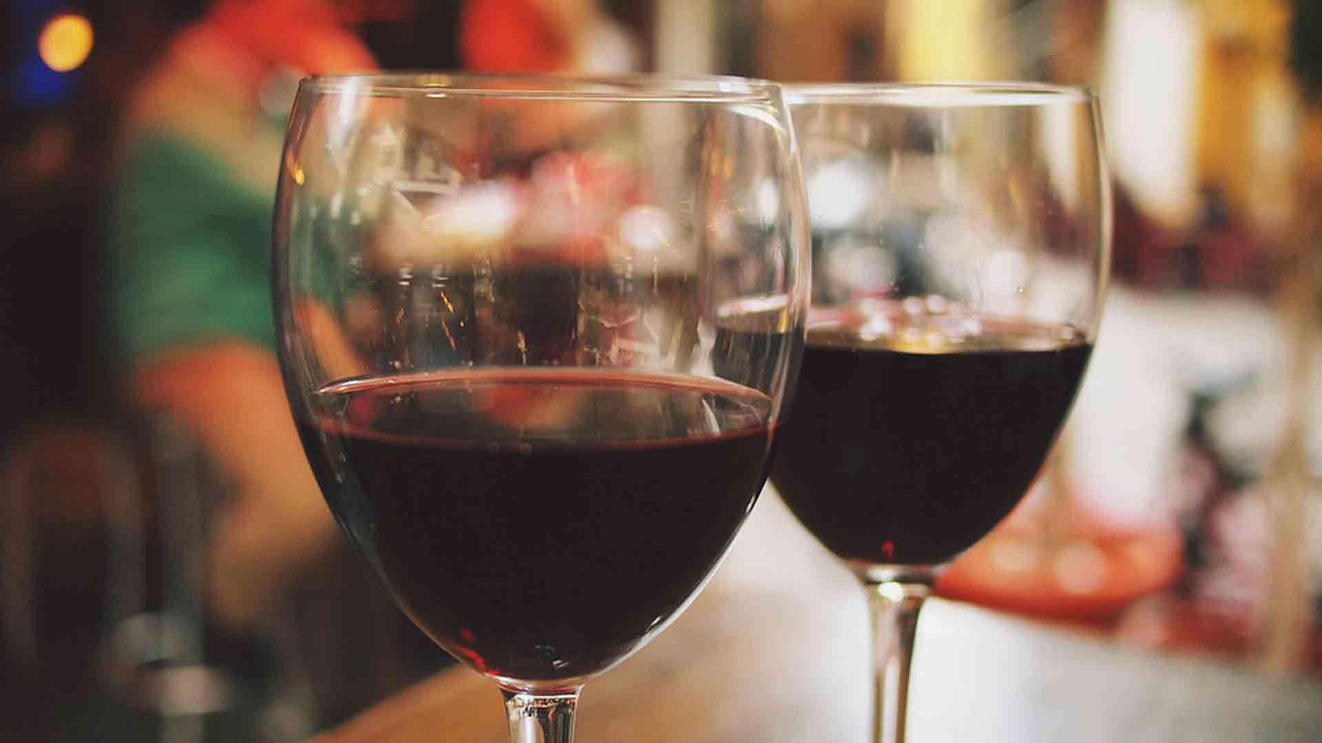 cuantos-grados-de-alcohol-tienen-las-principales-bebidas-1920