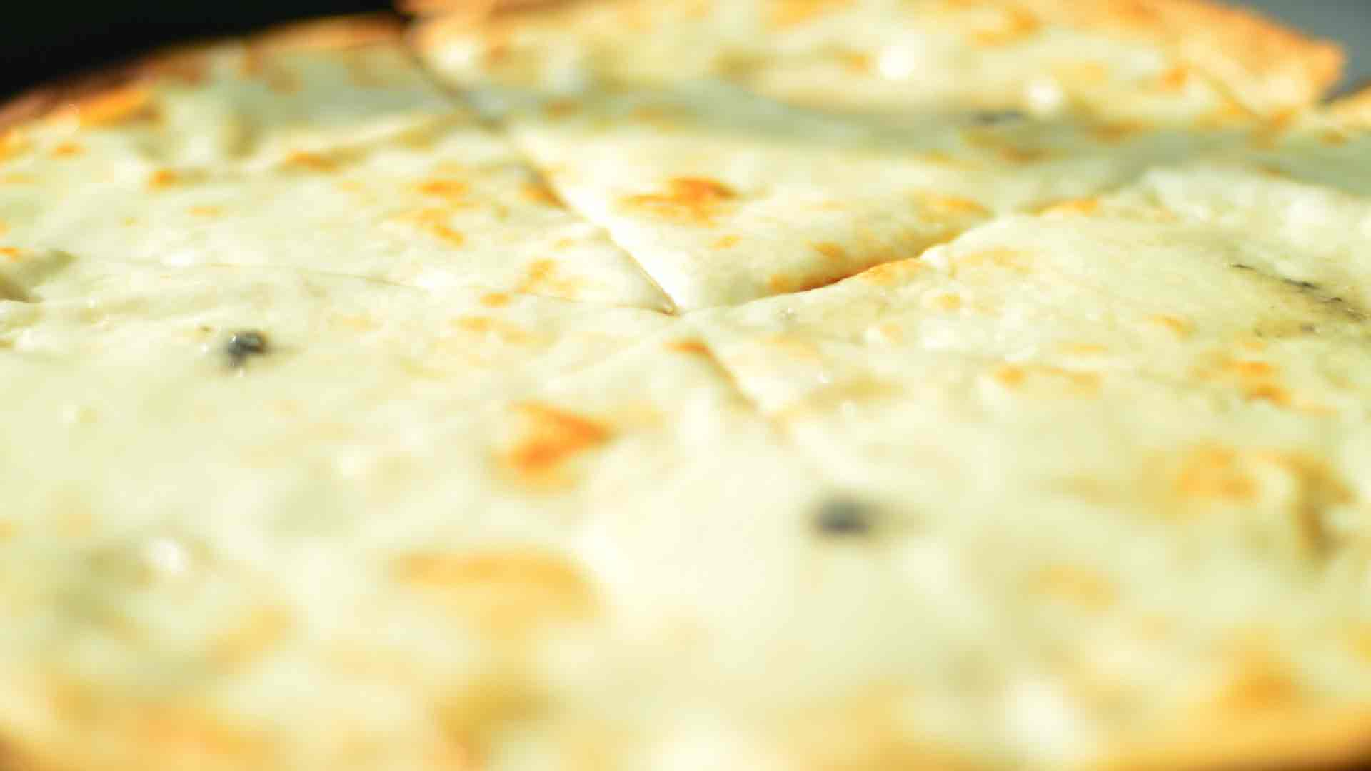 El-queso-y-otros-alimentos-que-pueden-mejorar-tu-humor-1920