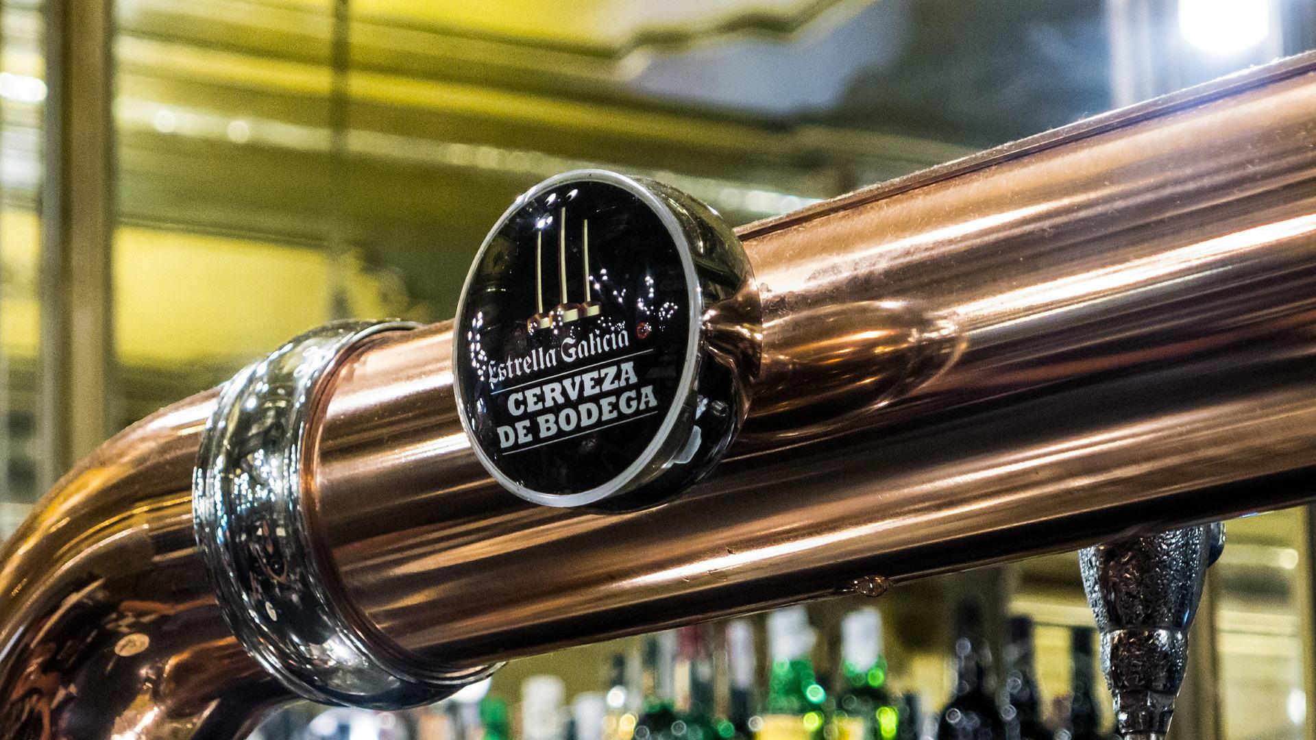 En busca del mejor tirador de cerveza de España 1920