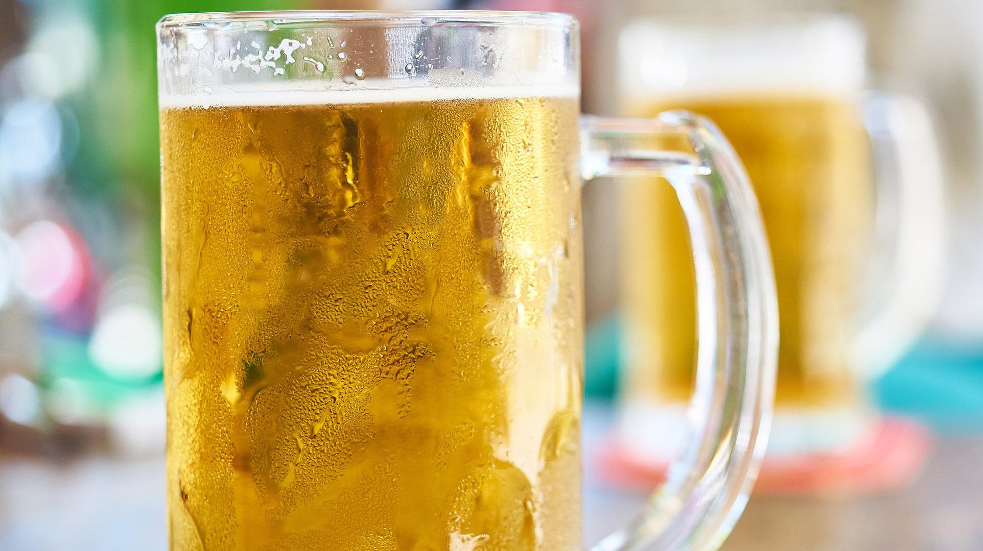 adios-a-la-cerveza-caliente-con-estos-trucos-1920