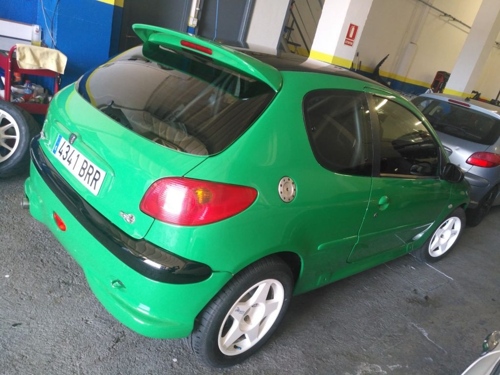 coche-iago-alvarez-peugeot-206