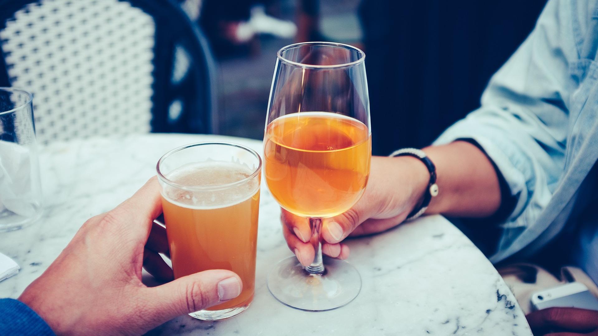aumenta-el-gasto-en-cerveza-durante-el-verano-1920