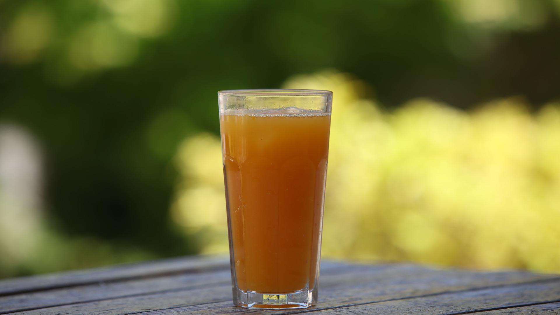 1-de-cada-5-espanoles-toma-zumo-de-naranja-al-menos-cinco-dias-a-la-semana-1920