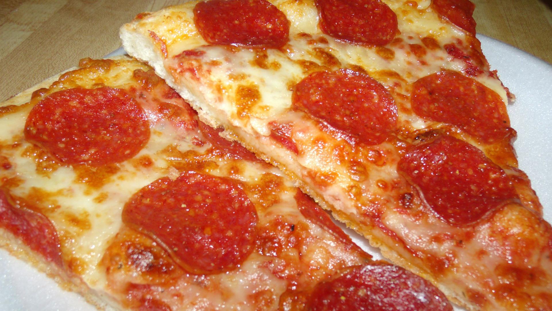 la-mejor-forma-de-recalentar-pizza-1920